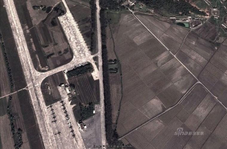 Không quân Triều Tiên bị lộ căn cứ mạnh nhất ảnh 9
