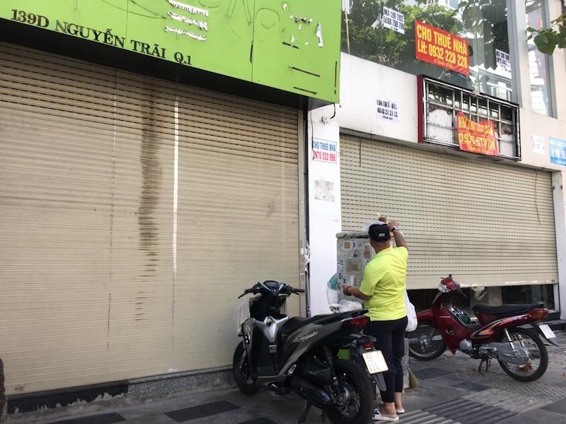 Mặt bằng 'tiền tỷ' bỏ hoang ở Sài Gòn vì dịch Covid-19 ảnh 3