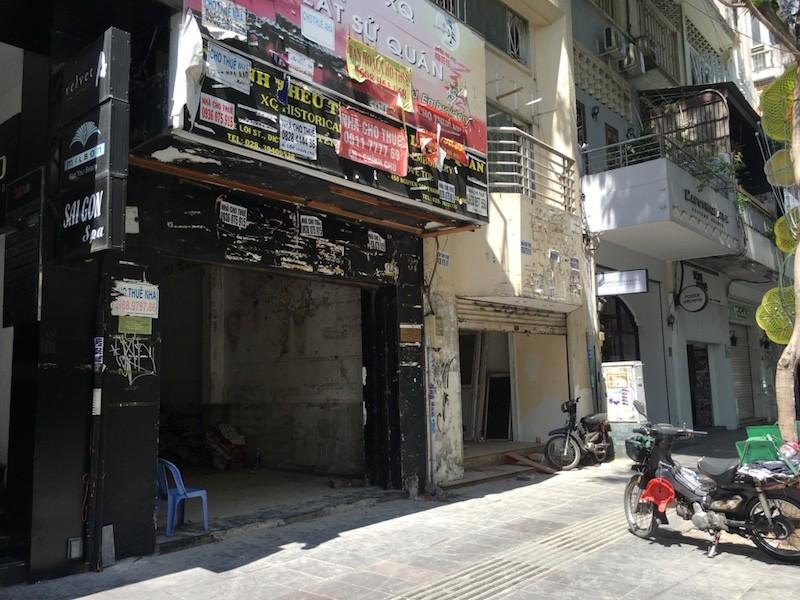 Mặt bằng 'tiền tỷ' bỏ hoang ở Sài Gòn vì dịch Covid-19 ảnh 10