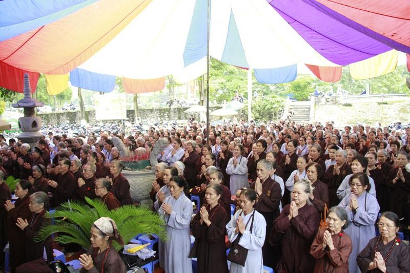 Cầu nguyện, góp tiền vì Hoàng Sa, Trường Sa ảnh 4