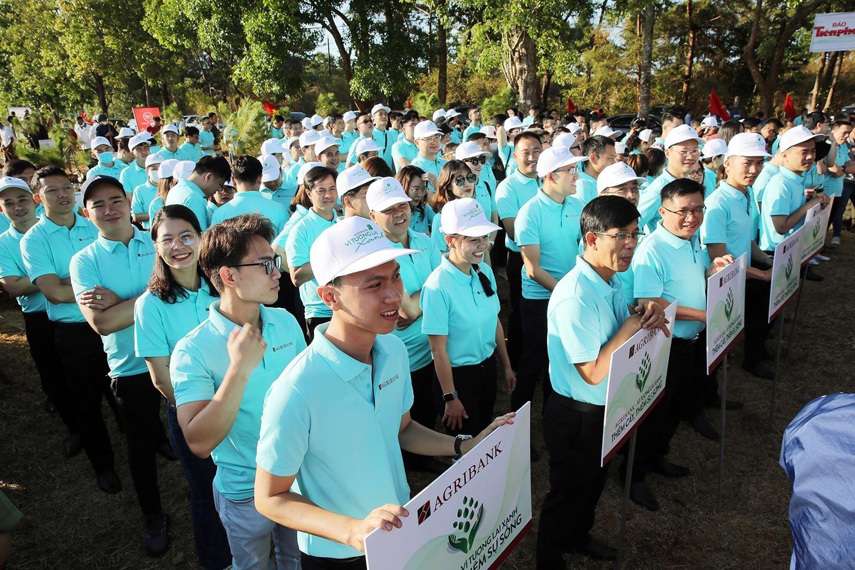 Tiền Phong Marathon 2021 chung tay vì một Việt Nam xanh ảnh 3