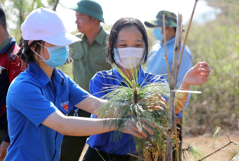 Tiền Phong Marathon 2021 chung tay vì một Việt Nam xanh ảnh 14