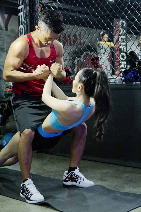 Trương Nhi eo thon gợi cảm trong phòng tập gym ảnh 3
