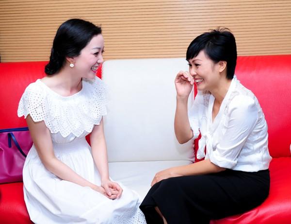Phương Thanh trổ tài 'xem bói' cho Phạm Thu Hà ảnh 9