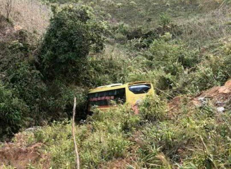 Vụ xe khách lao xuống vực: 9 người bị chấn thương rất phức tạp ảnh 2