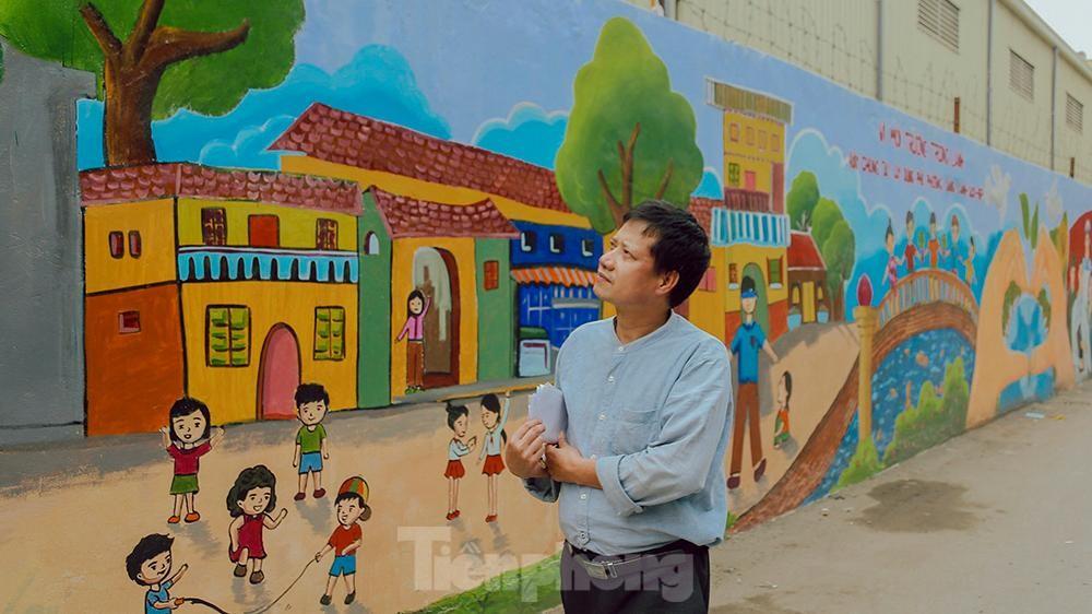 Khoác tranh bích họa lên bức tường công ty Rạng Đông sau vụ hoả hoạn ảnh 11