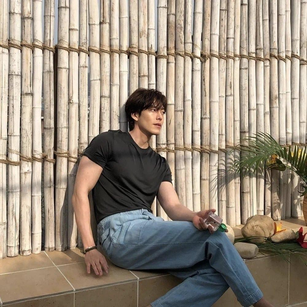 Nam thần Kim Woo Bin khoe body cường tráng, tái xuất sau thời gian điều trị ung thư ảnh 3