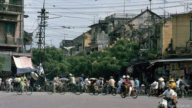 Hình ảnh độc về Hà Nội năm 1991 qua ống kính người Đức ảnh 1