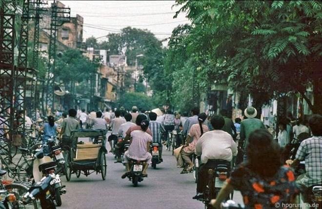 Hình ảnh độc về Hà Nội năm 1991 qua ống kính người Đức ảnh 2