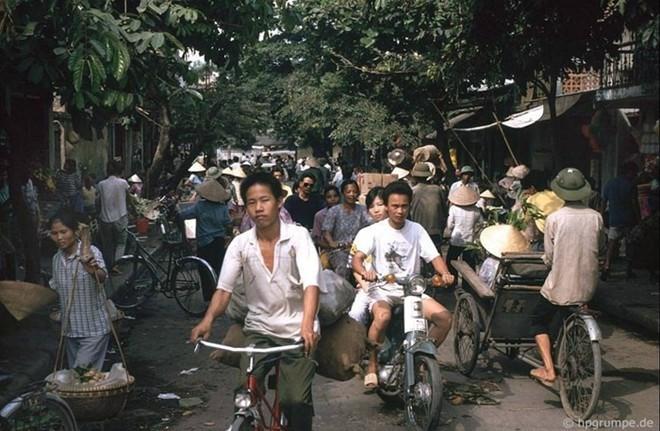 Hình ảnh độc về Hà Nội năm 1991 qua ống kính người Đức ảnh 5