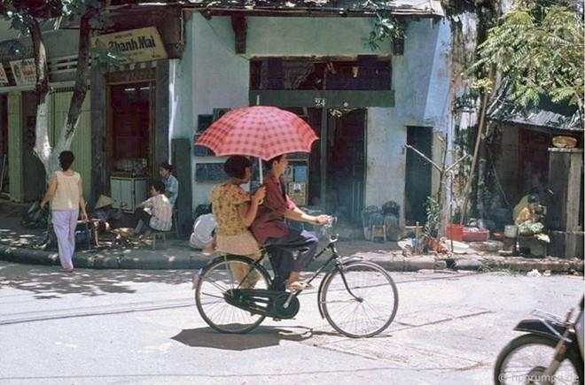 Hình ảnh độc về Hà Nội năm 1991 qua ống kính người Đức ảnh 6