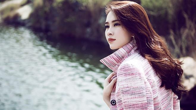 Hoa hậu Thu Thảo mong manh giữa trời đông ảnh 5