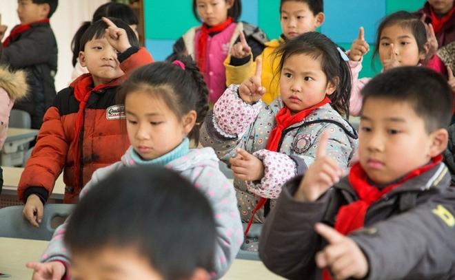 Sáng kiến chống cận thị ở tiểu học Trung Quốc ảnh 4