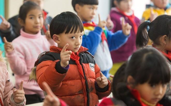 Sáng kiến chống cận thị ở tiểu học Trung Quốc ảnh 6