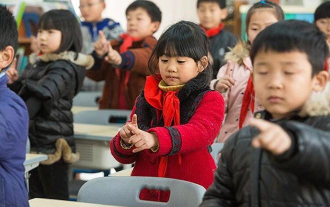 Sáng kiến chống cận thị ở tiểu học Trung Quốc ảnh 7