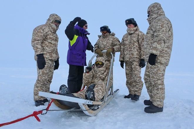 Quân khuyển đặc biệt của lính dù Nga ở Bắc Cực ảnh 2