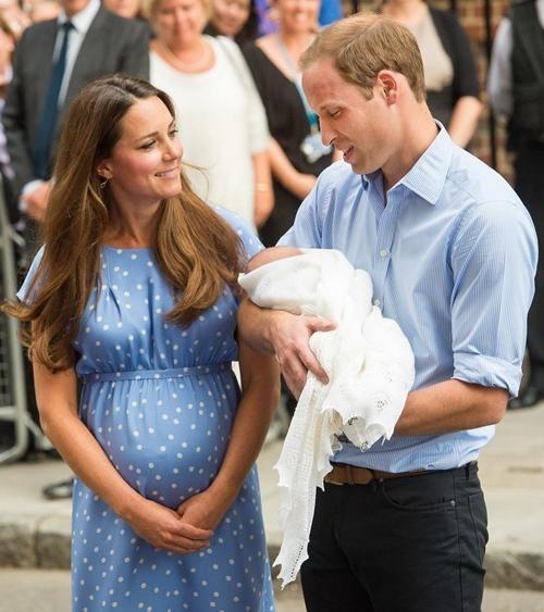 William & Kate: 10 bức ảnh chứng minh một thập kỷ tình yêu vẫn nguyên vẹn như ban đầu ảnh 4