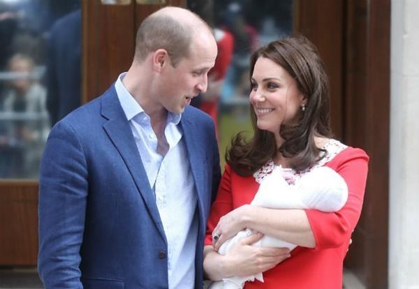 William & Kate: 10 bức ảnh chứng minh một thập kỷ tình yêu vẫn nguyên vẹn như ban đầu ảnh 9