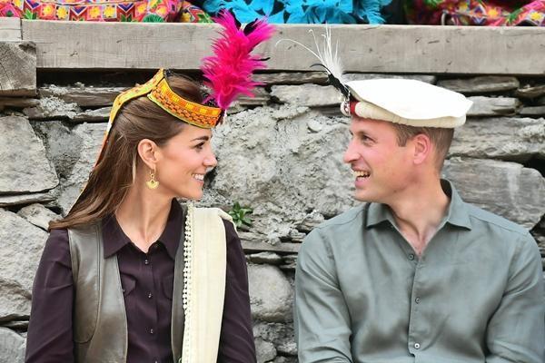 William & Kate: 10 bức ảnh chứng minh một thập kỷ tình yêu vẫn nguyên vẹn như ban đầu ảnh 10