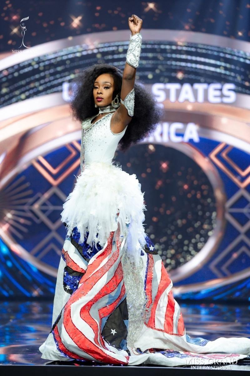Ngắm nhan sắc Evelyn, thí sinh vượt qua Ngọc Thảo đoạt vương miện Miss Grand International ảnh 11