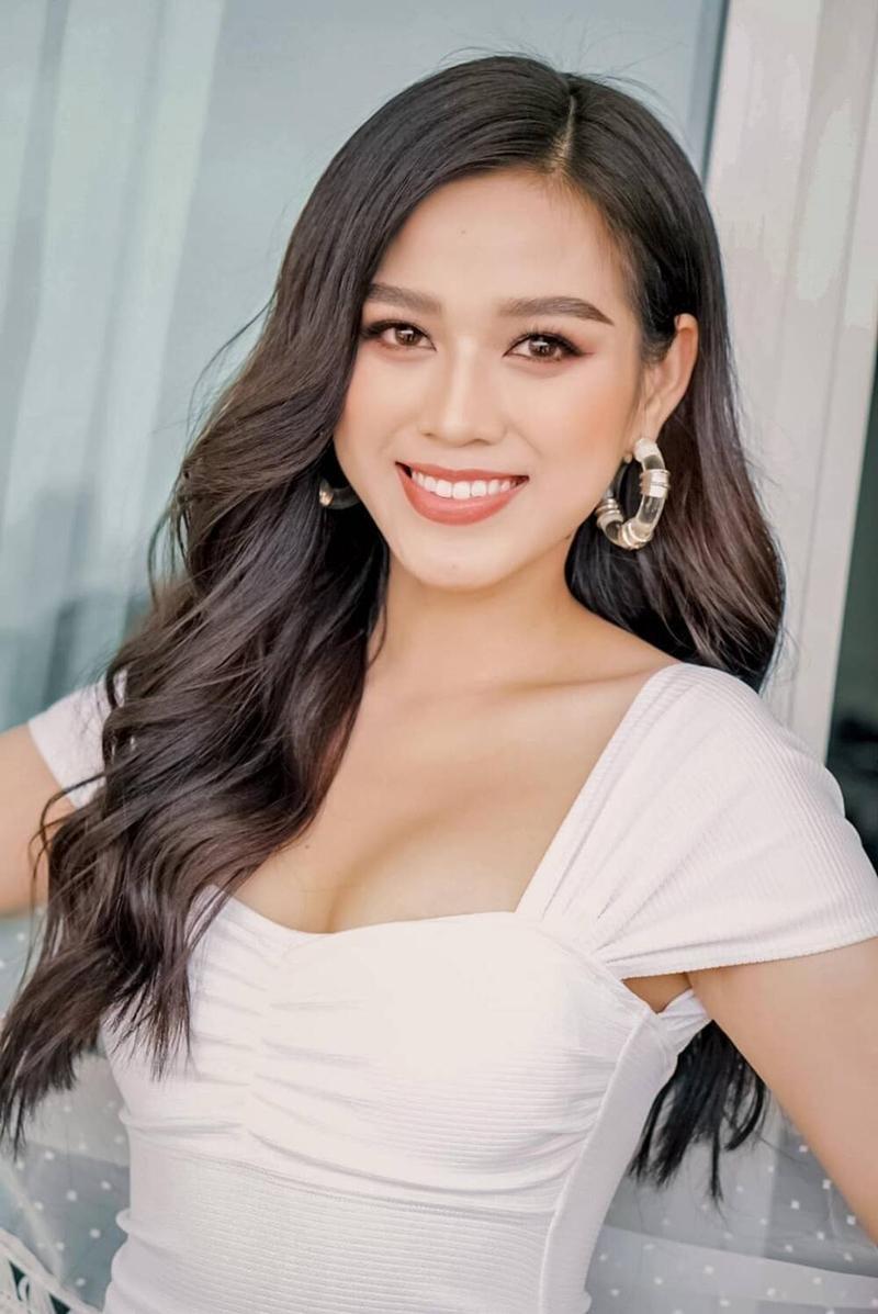 Hoa hậu Đỗ Thị Hà và các người đẹp dự thi quốc tế năm nay, ai có cơ hội tỏa sáng nhất? ảnh 9