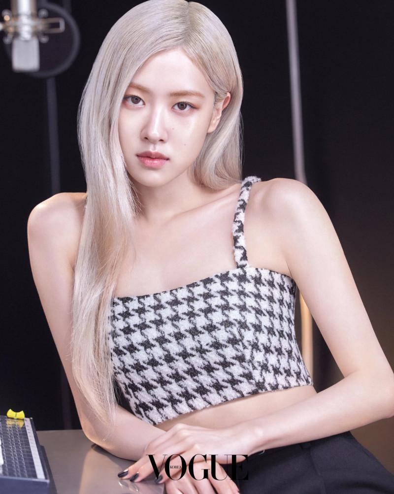 Quảng cáo mỹ phẩm chân thực như Rosé, nhìn làn da căng bóng là biết chỉ dùng dưỡng ảnh 4