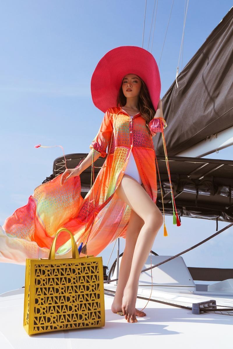 Hoa hậu chuyển giới Trân Đài cùng 2 Á hậu gợi ý trang phục đi biển đầy quyến rũ ảnh 6