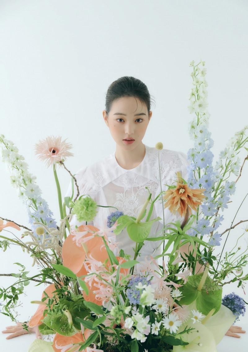 """Chụp ảnh beauty """"sang-xịn-mịn"""" như Jang Won Young, một mình độc chiếm gần 20 trang tạp chí ảnh 12"""