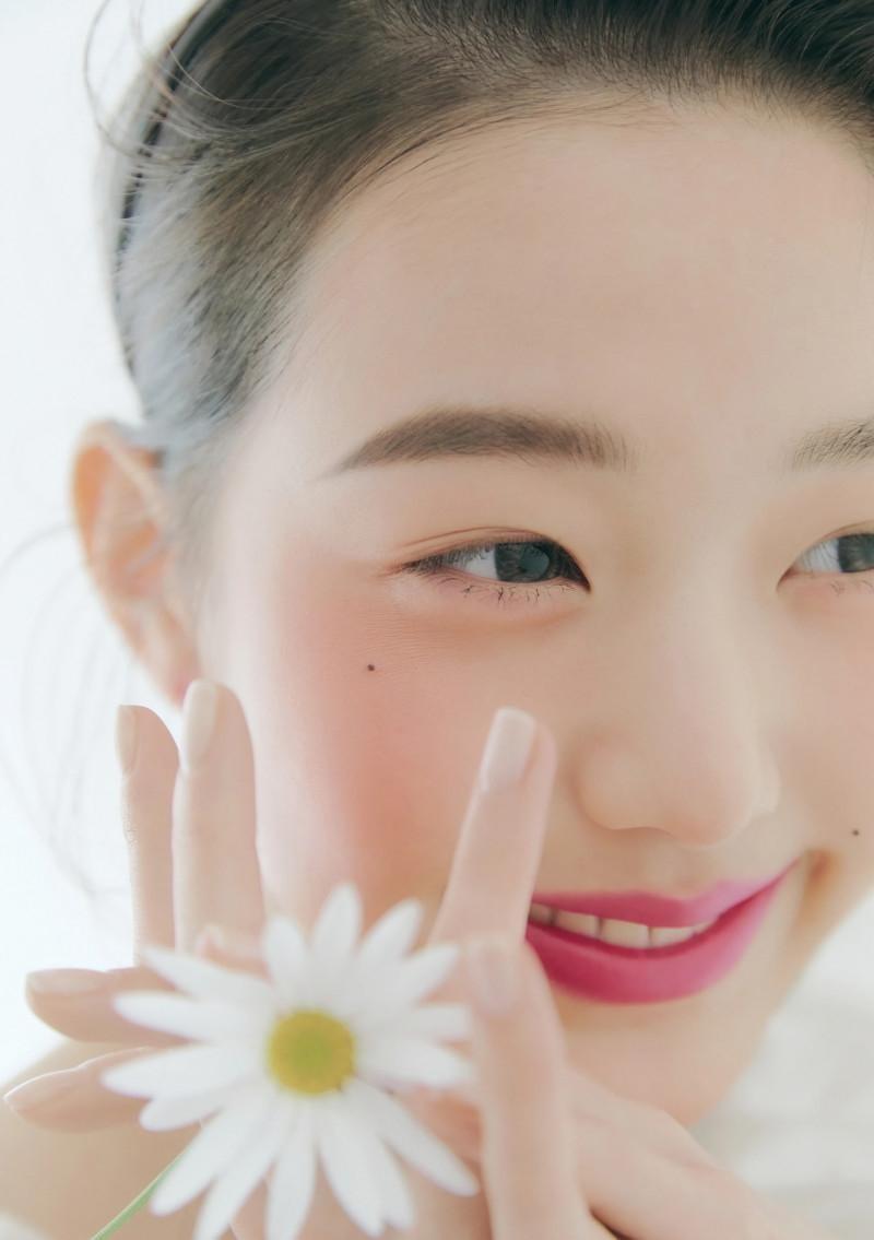 """Chụp ảnh beauty """"sang-xịn-mịn"""" như Jang Won Young, một mình độc chiếm gần 20 trang tạp chí ảnh 13"""
