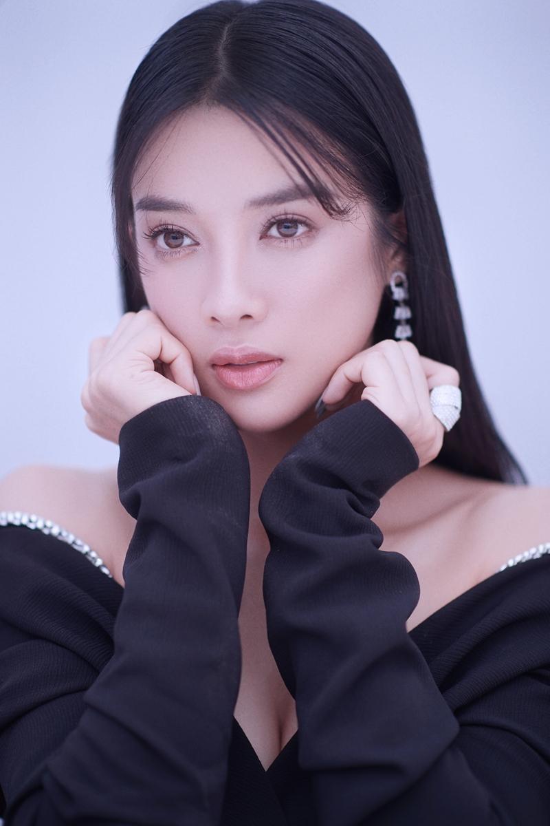 """Ngắm """"nàng Kiều"""" Mỹ Duyên, cô gái có sắc vóc không thua bất kỳ mỹ nhân nào ở showbiz Việt ảnh 9"""