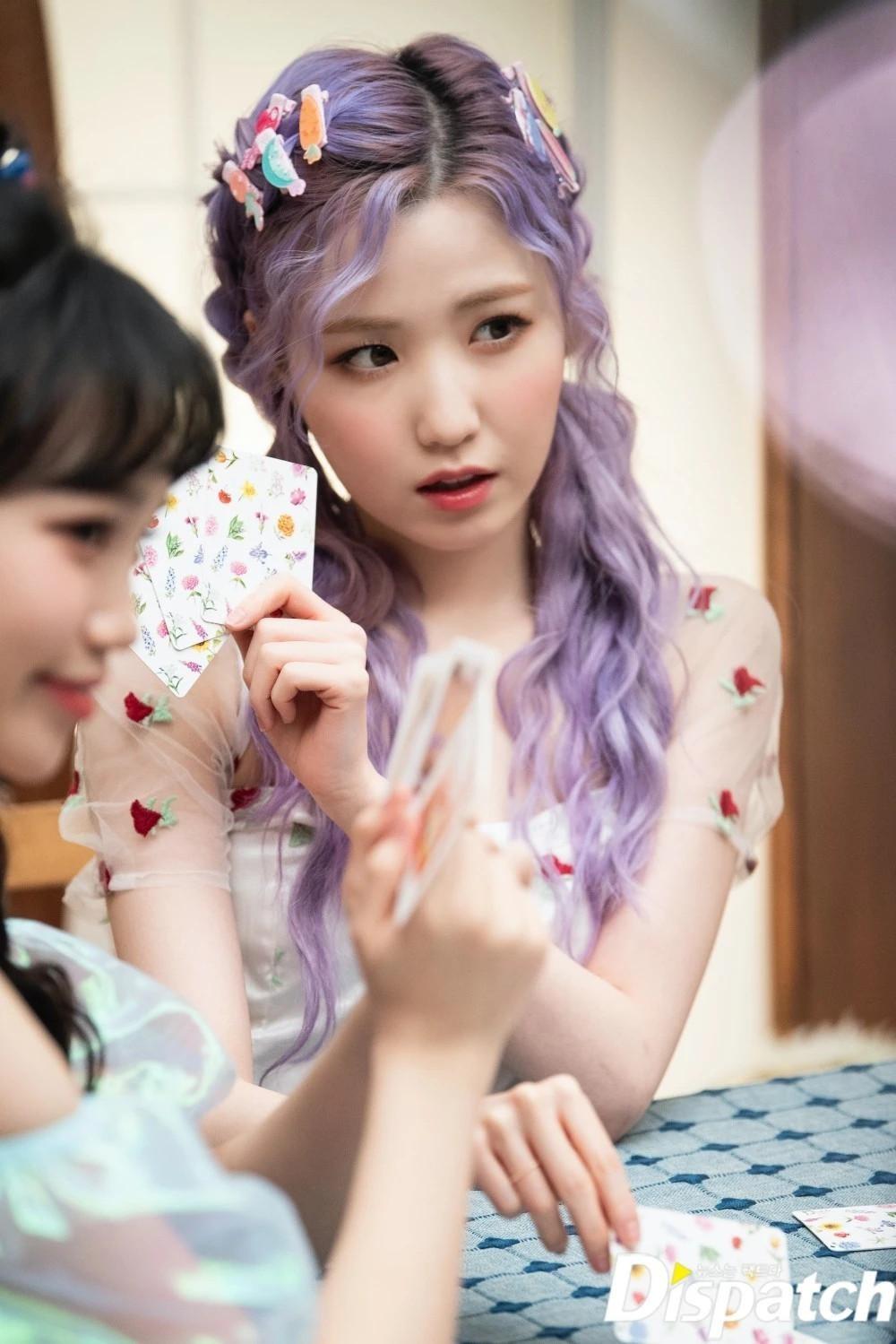 IZ*ONE gây tiếc nuối với loạt ảnh xinh như công chúa dành tặng fan trước khi tan rã ảnh 16