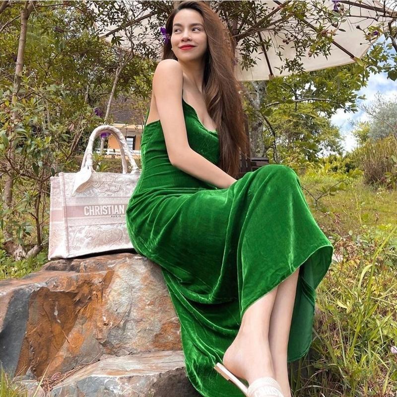 Học Thiều Bảo Trâm, Châu Bùi, Lương Thùy Linh cách chọn trang phục Hè rực sắc màu  ảnh 3
