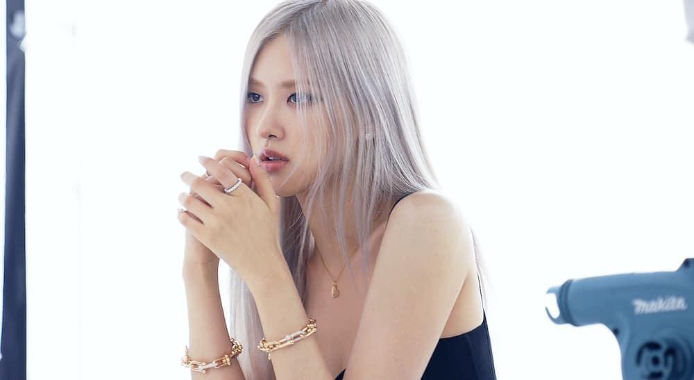 Cùng là đại sứ Tiffany&Co., netizen mong chờ màn hợp tác của Rosé cùng Dịch Dương Thiên Tỉ ảnh 2