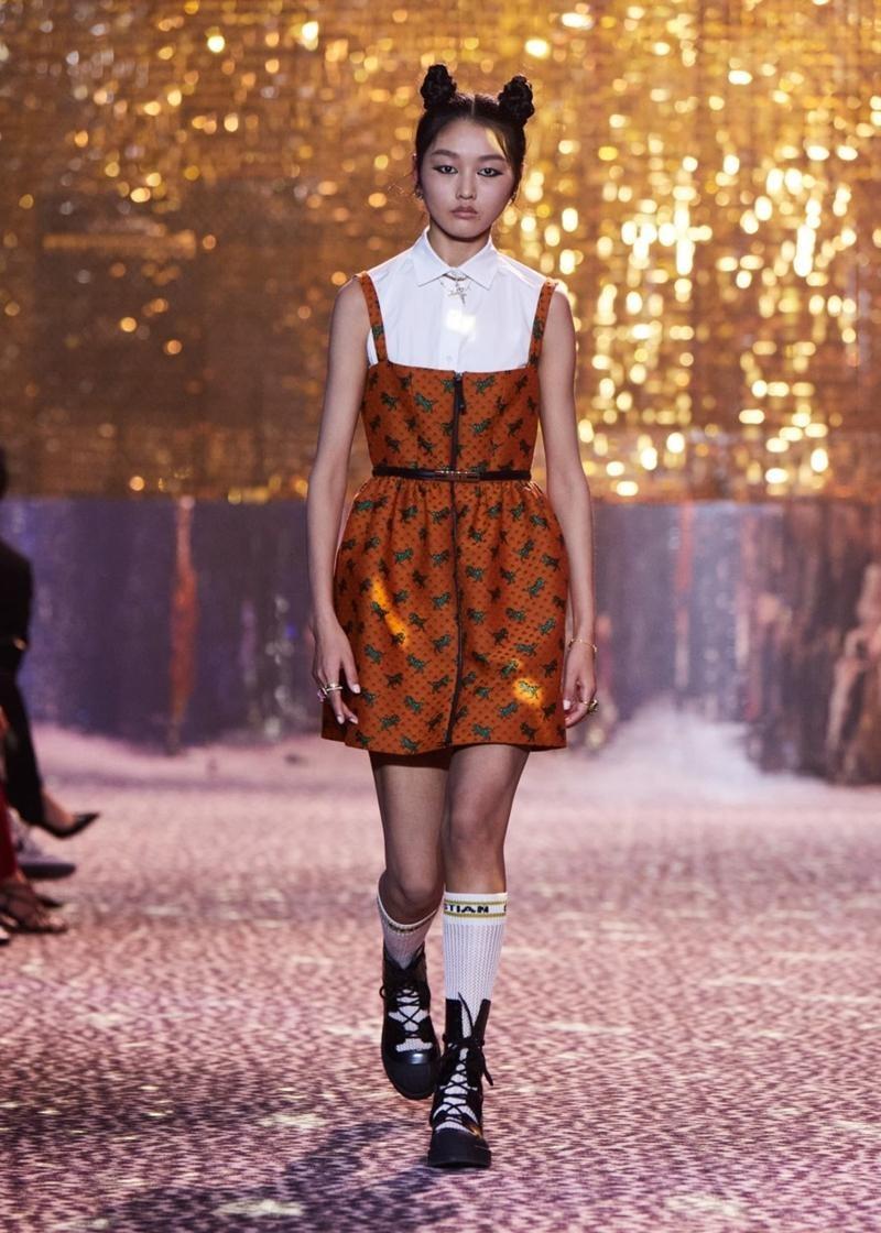 Dior tiếp tục tiết lộ các thiết kế lấy cảm hứng từ Jisoo, netizen tấm tắc khen chuẩn ảnh 7
