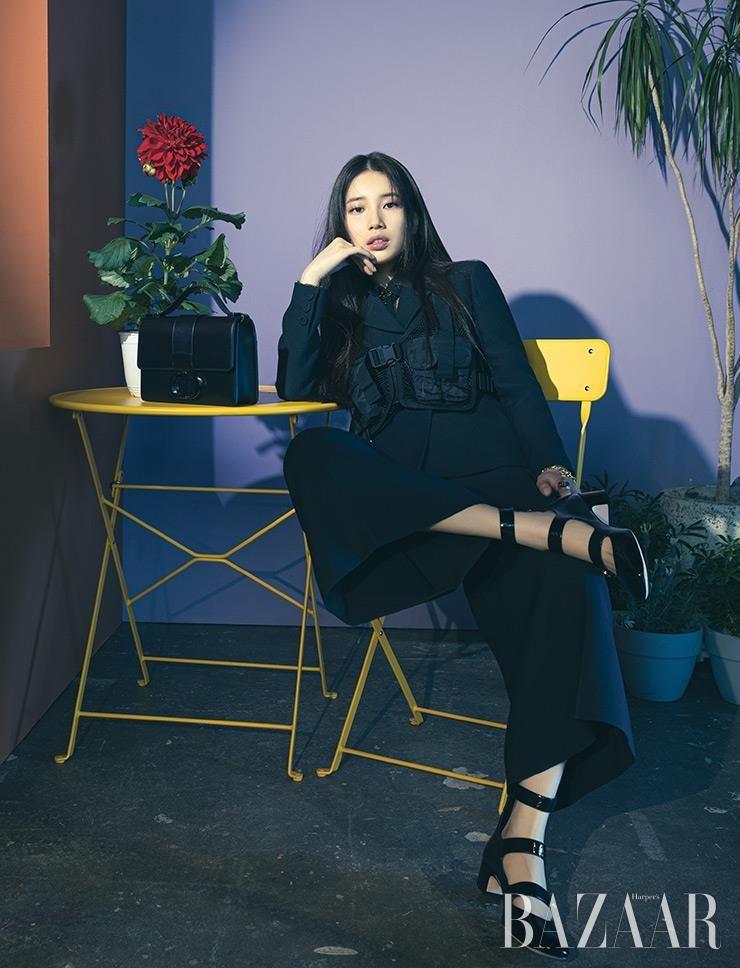 Mặc thiết kế được lấy cảm hứng từ Jisoo BLACKPINK, đại sứ thương hiệu Suzy trông thế nào? ảnh 3