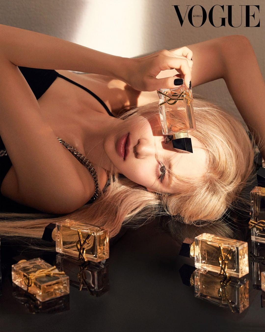 """Rosé BLACKPINK quảng cáo nước hoa YSL, xuất sắc đến mức netizen bảo """"nhìn đã thấy thơm"""" ảnh 2"""