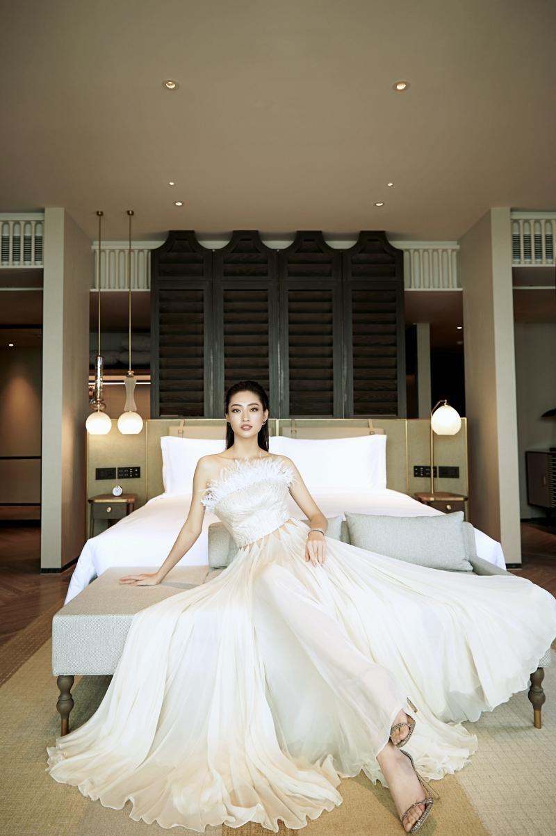 """Hoa hậu Lương Thùy Linh mặc đồ CONG TRI, khoe nhan sắc """"không có đối thủ"""" trong bộ ảnh mới ảnh 7"""