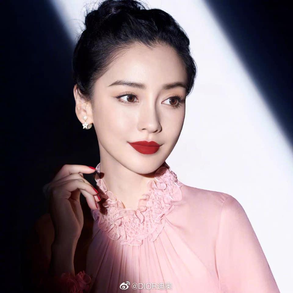Cùng quảng cáo son mới của Dior, Angelababy được ưu ái hơn Jisoo (BLACKPINK)? ảnh 7