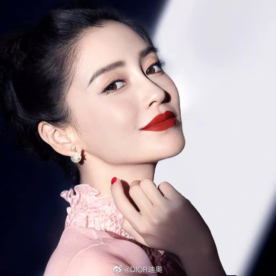 Cùng quảng cáo son mới của Dior, Angelababy được ưu ái hơn Jisoo (BLACKPINK)? ảnh 6