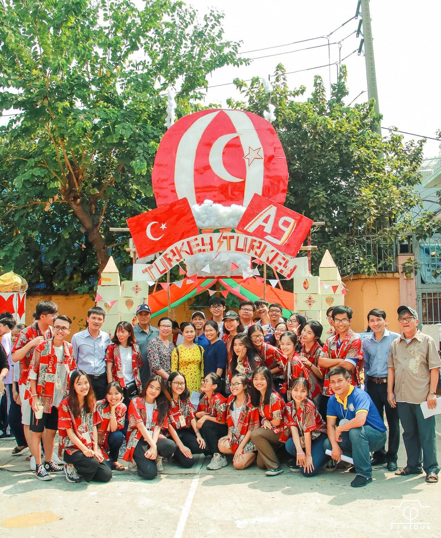 Ngôi trường trong mơ THPT Nguyễn Thượng Hiền (TP.HCM): Nắng Thượng Hiền - Nhớ thương hoài ảnh 6