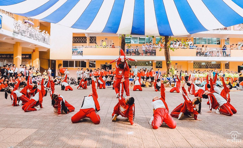 Ngôi trường trong mơ THPT Nguyễn Thượng Hiền (TP.HCM): Nắng Thượng Hiền - Nhớ thương hoài ảnh 3