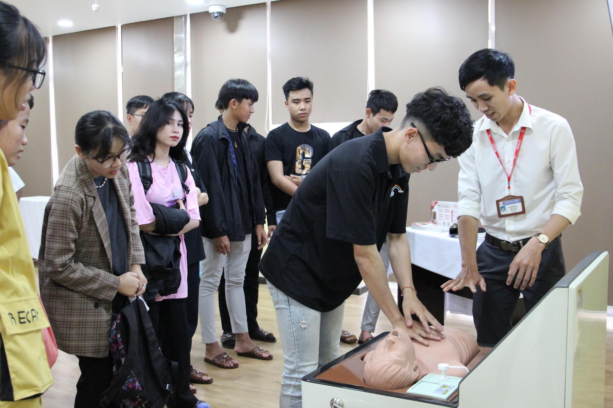 Khởi động hành trình chuyến xe khởi nghiệp ở Đà Nẵng ảnh 8
