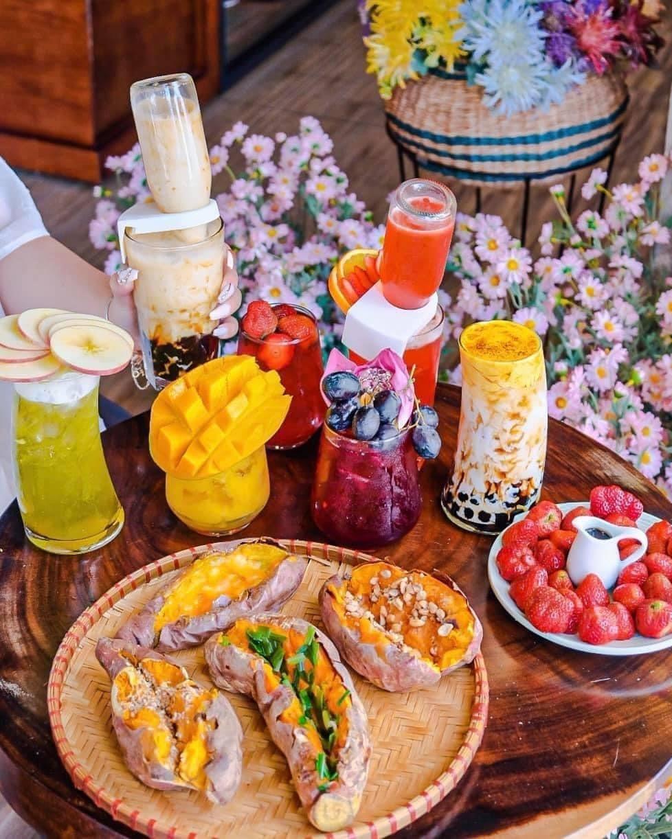Hẹn hò Sài Gòn: Trốn nắng tại những tiệm trà mát xanh như một khu vườn nhỏ ảnh 5