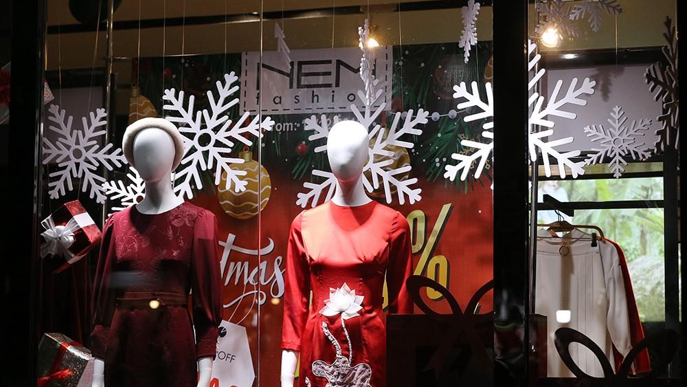Khắp phố phường Hà Nội đã rạo rực trước mùa Noel ảnh 4