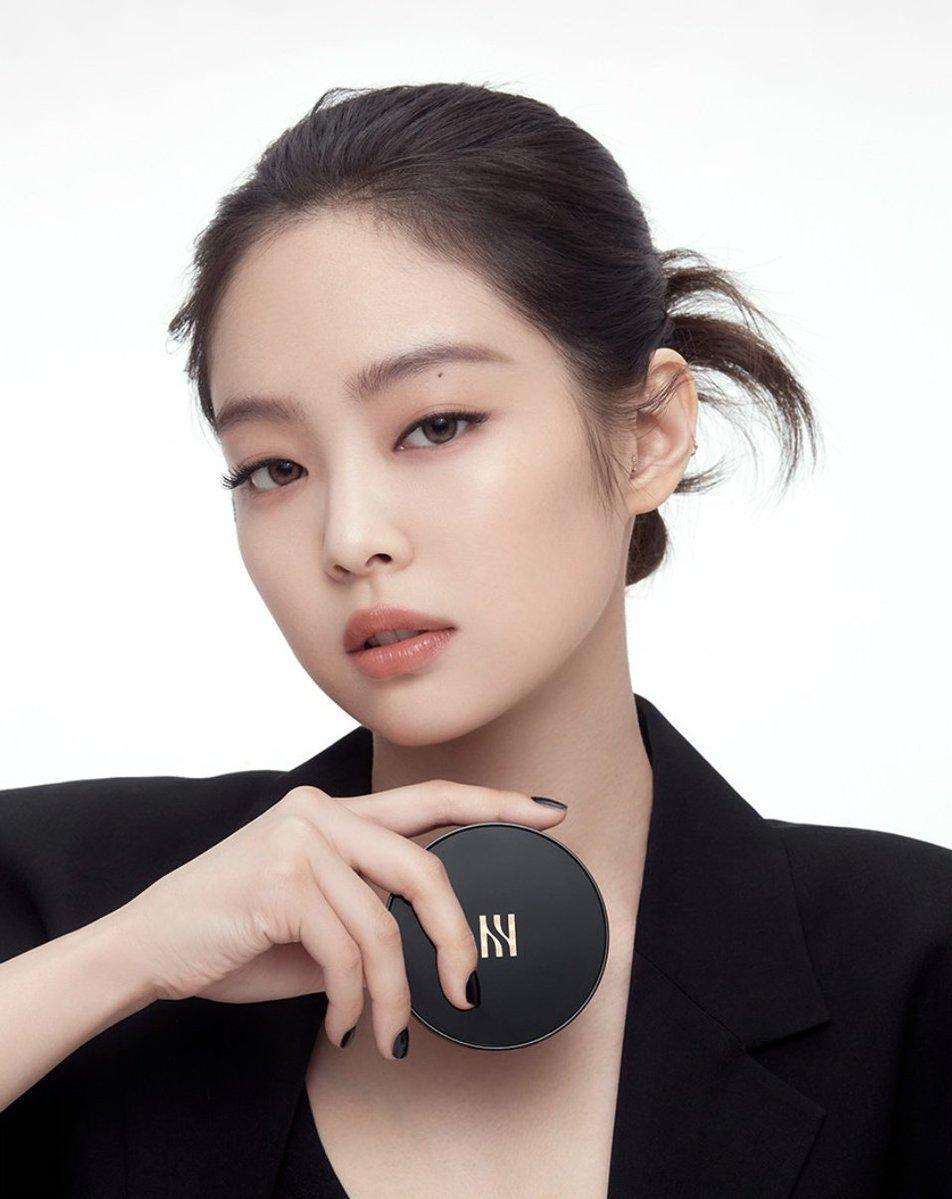 """Không phải idol có nhiều quảng cáo nhất nhưng Jennie được gọi là """"Nữ thần CF"""" vì lý do này ảnh 1"""
