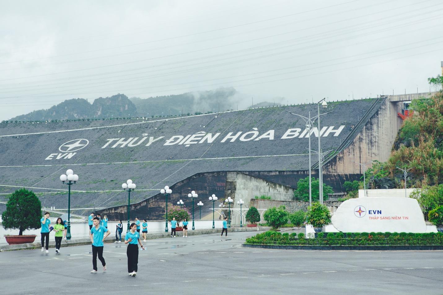 Chuyến dã ngoại đầy ắp kỷ niệm của sinh viên Trường Doanh nhân CEO Việt Nam ảnh 2