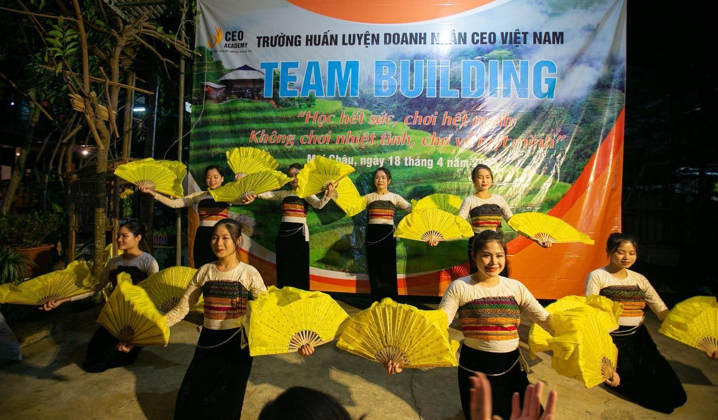 Chuyến dã ngoại đầy ắp kỷ niệm của sinh viên Trường Doanh nhân CEO Việt Nam ảnh 3