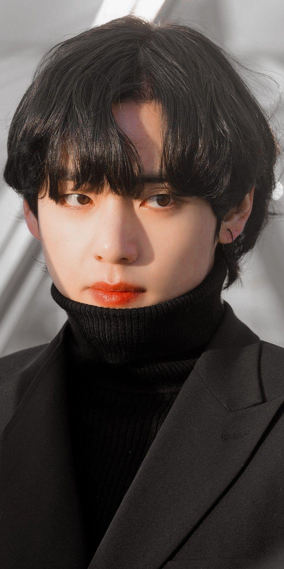 Top 8 idol sở hữu đôi mắt biếc đẹp mê hồn: V (BTS) xếp hạng nhất, sao nữ có những ai? ảnh 1