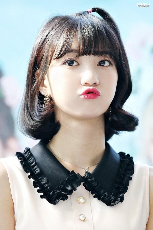 Top 8 idol sở hữu đôi mắt biếc đẹp mê hồn: V (BTS) xếp hạng nhất, sao nữ có những ai? ảnh 7