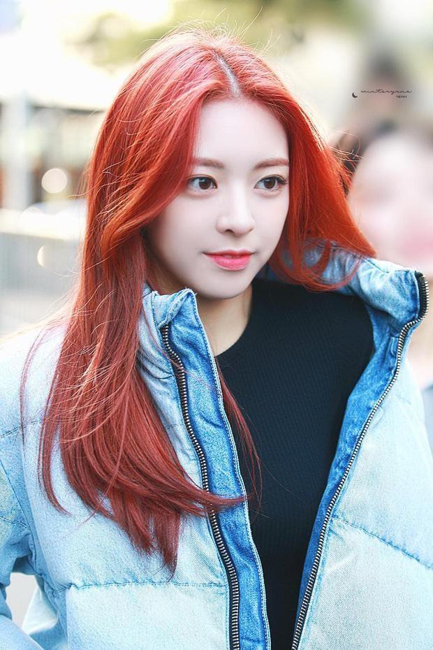 Top 8 idol sở hữu đôi mắt biếc đẹp mê hồn: V (BTS) xếp hạng nhất, sao nữ có những ai? ảnh 4